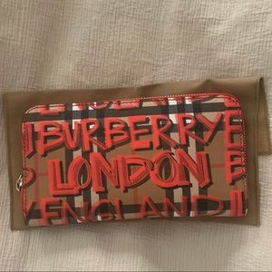NWT Burberry Wallet